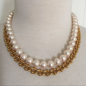 Vintage Richelieu Faux Pearl & Gold Chain Necklace